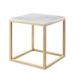 Kristina Dam The Cube Sivupöytä S Valkoinen Marmori / Tammi