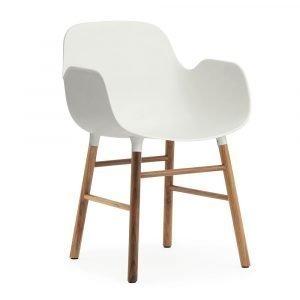 Normann Copenhagen Form Käsinojallinen Tuoli Valkoinen / Saksanpähkinä