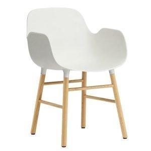 Normann Copenhagen Form Käsinojallinen Tuoli Valkoinen / Tammi