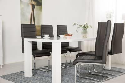 Ruokailuryhmä Johnny 6:lla tuolilla valkoinen