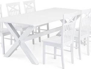Ruokailuryhmä Tuula Annikki tuoleilla valkoinen