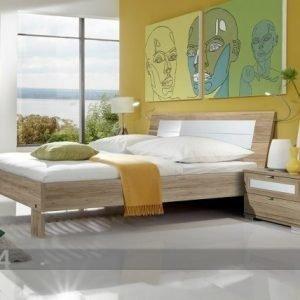 Sm Makuuhuoneryhmä Pleasure 2 Yöpöytää+Sänky 160x200 Cm